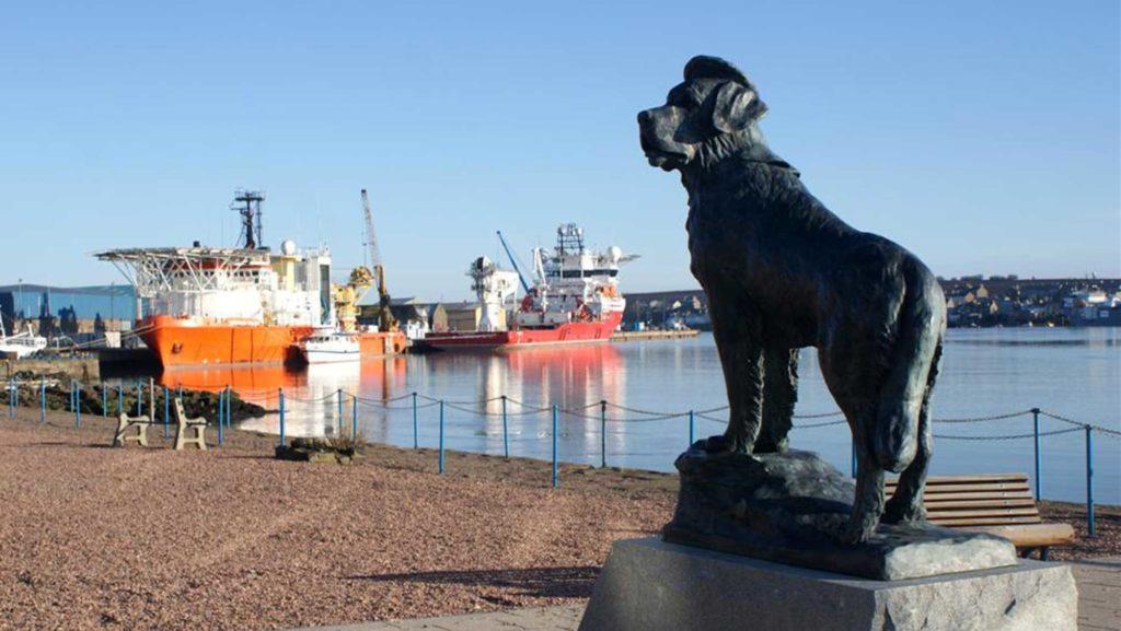 Das Bamse-Denkmal in der schottischen Stadt Montrose
