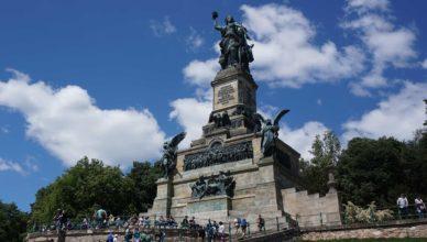 Das Niederwalddenkmal erinnert an die Einheit Deutschlands.