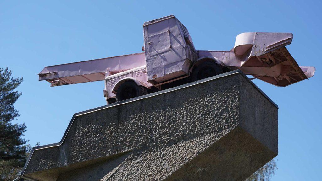Drewitz  Kleinmachnow Panzerdenkmal DDR Autobahn Grenzübergang