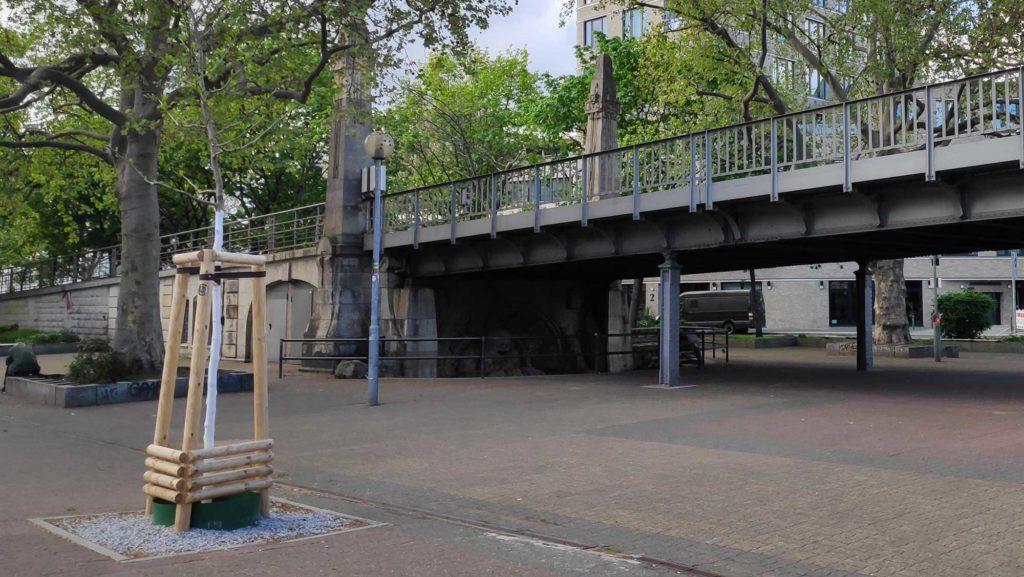 Nollendorfplatz Berlin Schöneberg Nickelmannbrunnen