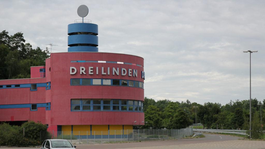 Drewitz Dreilinden Grenzkontrollstelle DDR Checkpoint Bravo Berlin