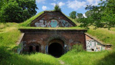 Fort Bema Festung Warschau Fort P Park Bemowo